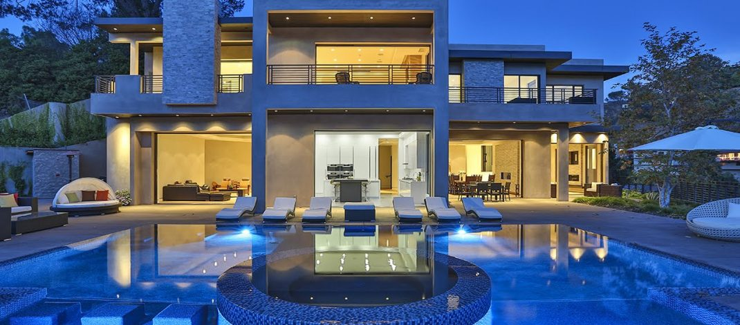 Choose the Right Real Estate Company for Luxury Home Needs